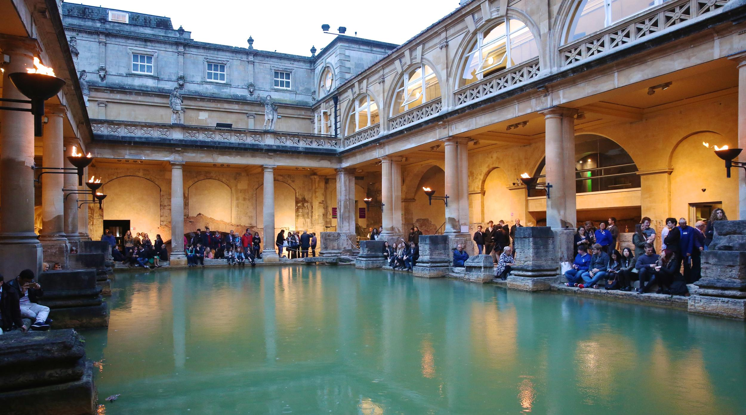 Museums at Night: Lighting up the Great Bath | Events at The Roman Baths