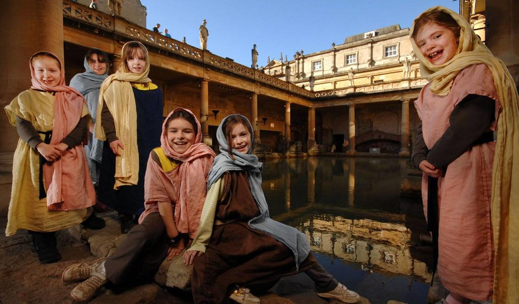 Image: Brownies at the Great Bath