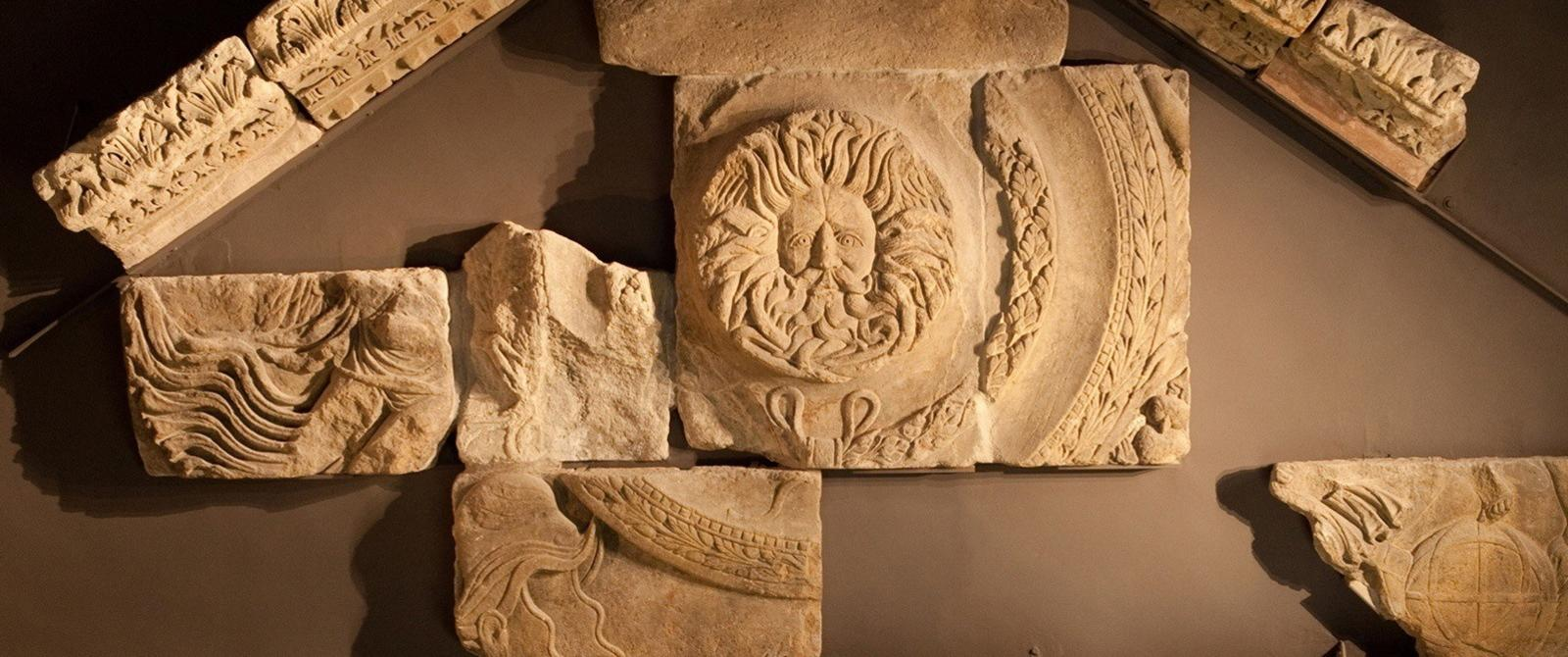 Image: Temple pediment at the Roman Baths