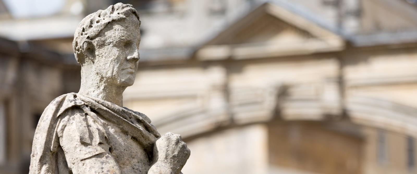 Image: Statue on the Roman Baths Terrace