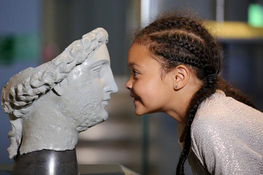 Image: A girl in the museum