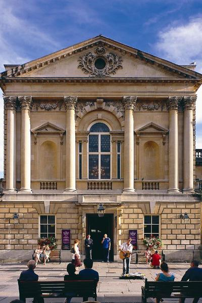 Image: Roman Baths and Pump Room exterior