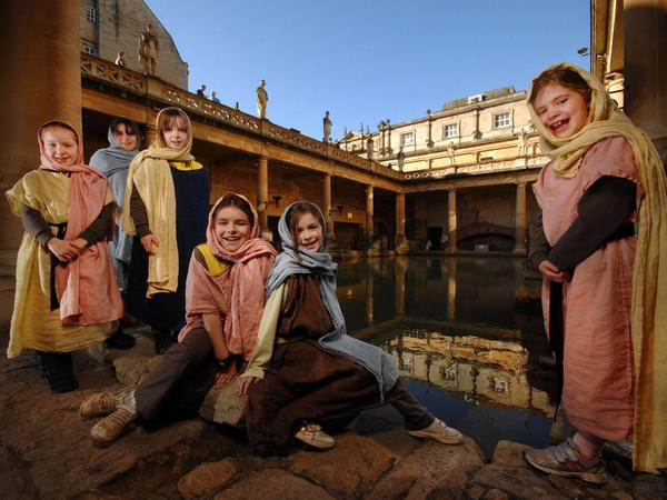 Image: Brownies at the Roman Baths