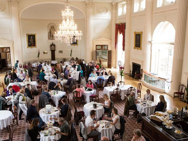 Image: View of the Pump Room Restaurant